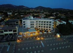 萨比亚多罗酒店 - 圣温琴佐 - 建筑