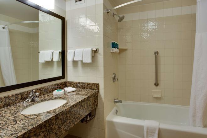 阿马里洛德鲁里套房酒店 - 阿马里洛 - 浴室