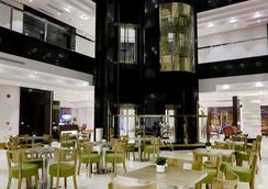 杜赛套房公寓式酒店 - 利雅德 - 餐馆