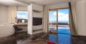 安德羅尼斯概念健康度假村 - 费拉 - 客房设施