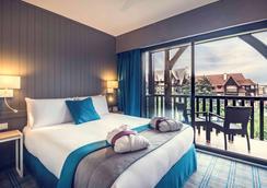 多维尔中心美居酒店 - 多维尔 - 睡房