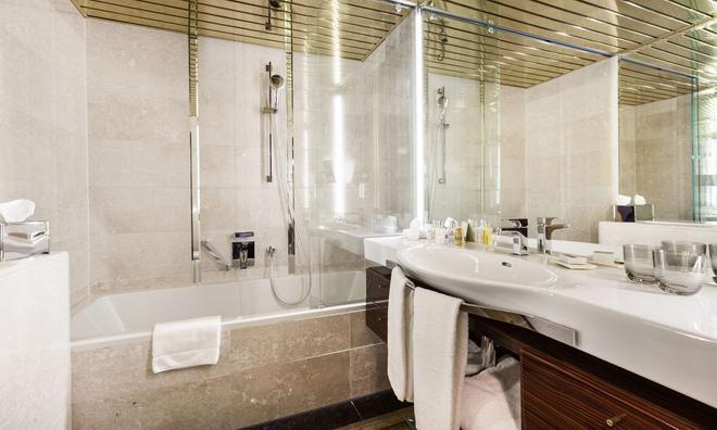 德美第奇德拉格生活酒店 - 杜塞尔多夫 - 浴室