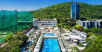 首尔悦榕俱乐部温泉酒店 - 首尔 - 游泳池