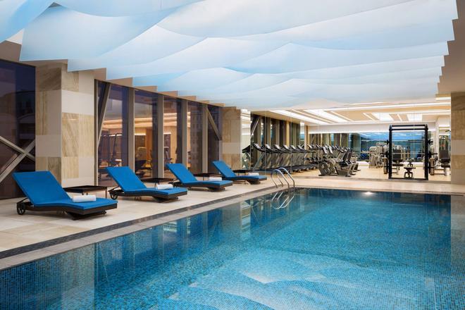 凯悦酒店-利雅得欧拉亚 - 利雅德 - 游泳池