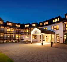 波恩维纳斯堡多林特酒店