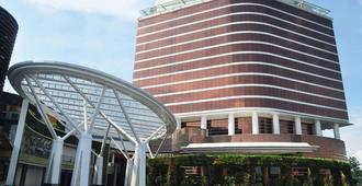 特朗斯万隆豪华酒店 - 万隆 - 建筑