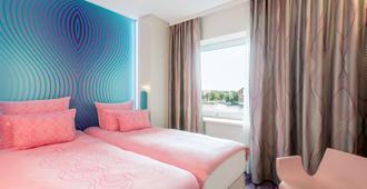 柏林纽沃酒店 - 柏林 - 睡房