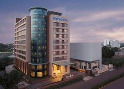 勒克瑙勒克瑙格姆提纳加诺富特酒店 - 勒克瑙 - 建筑
