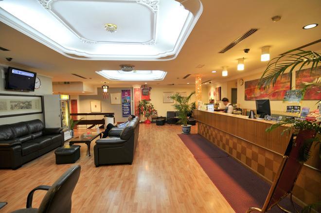 唐人街酒店 - 吉隆坡 - 柜台