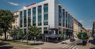 中心酒店 - 萨格勒布 - 建筑