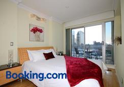 永格套房家居公寓 - 多伦多 - 睡房
