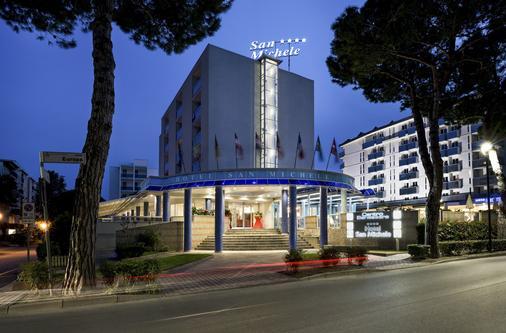 圣米歇尔酒店 - 比比翁 - 建筑