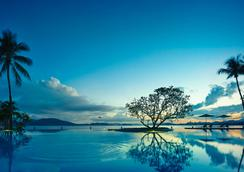 香格里拉丹绒亚路度假酒店及水疗中心 - 亚庇 - 游泳池