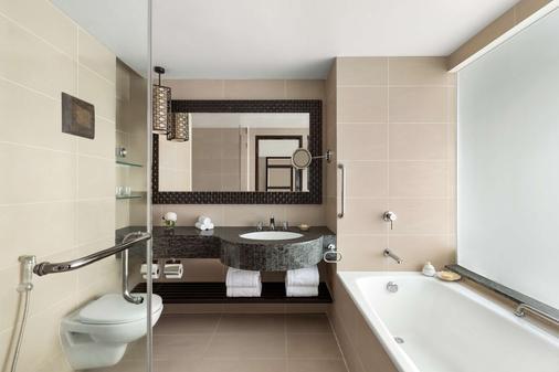 香格里拉丹绒亚路度假酒店及水疗中心 - 亚庇 - 浴室
