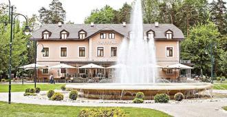 水晶酒店 - 萨拉热窝