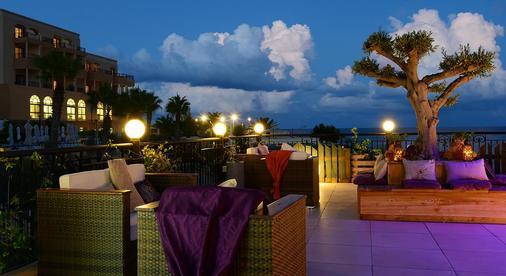 克林希亚酒店 - 圣朱利安斯 - 阳台