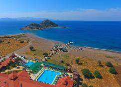 安达博努格尔玛海滩酒店 - 达特恰 - 海滩