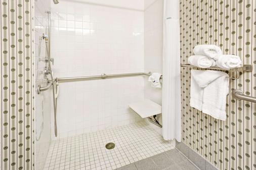 丹佛麦克罗特套房酒店 - 丹佛 - 浴室
