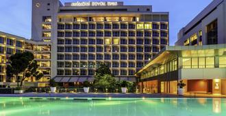 艾妃伊兹密尔瑞士大酒店 - 伊兹密尔 - 建筑