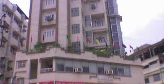 缅甸玛哈拉克丝米因杜酒店 - 古瓦哈蒂