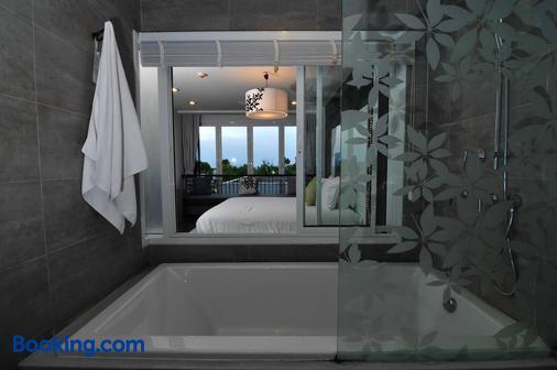 谢尔度假酒店 - 七岩 - 浴室