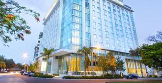 迈阿密布里克尔诺富特酒店 - 迈阿密 - 建筑