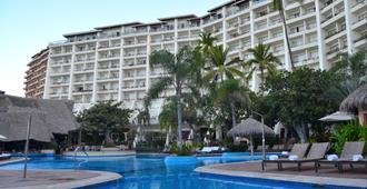 费斯塔美洲巴亚尔塔港酒店及水疗中心 - 巴亚尔塔港 - 建筑