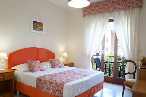 苏西别墅酒店 - 圣安吉洛 - 睡房