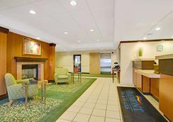 图森机场贝蒙特套房酒店 - 土桑 - 大厅