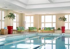 波士顿海港酒店 - 波士顿 - 游泳池