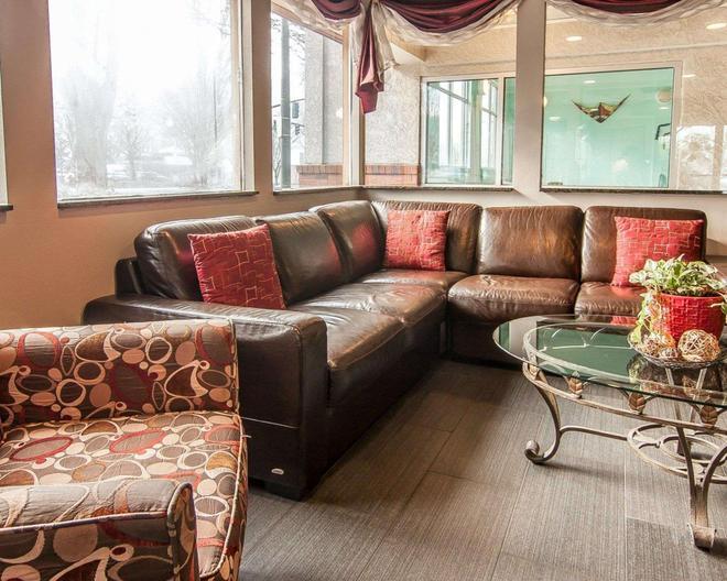 优质酒店-市区会议中心 - 波特兰 - 客厅