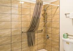 佛罗伦萨6号汽车旅馆 - 弗洛伦斯 - 浴室