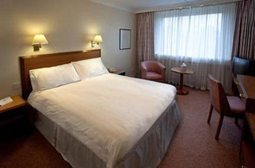 大不列颠考文垂山酒店 - 考文垂 - 睡房
