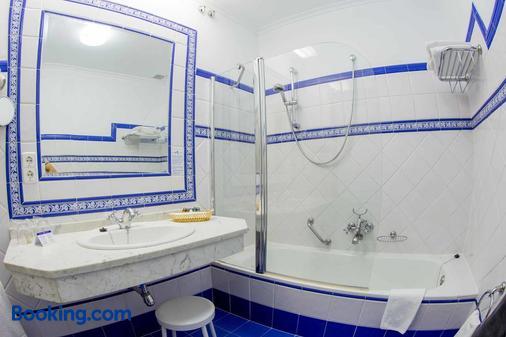 洛维拉达宫酒店 - 阿维拉 - 浴室