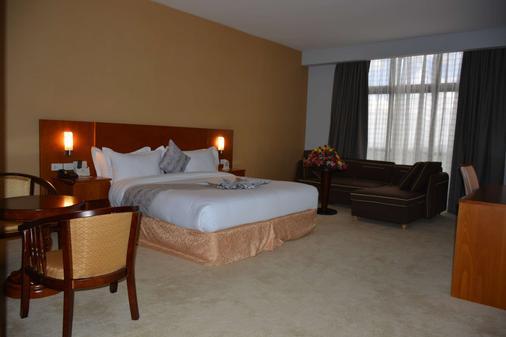 阿兹曼酒店 - 亚的斯亚贝巴 - 睡房