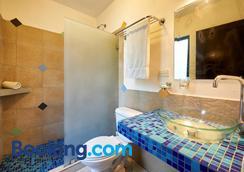 塔马林多布鲁公寓 - 塔马林多 - 浴室