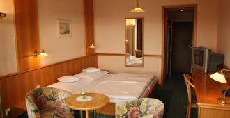 莫妮卡酒店 - 布拉格 - 睡房