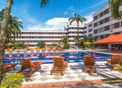 拉诺酒店 - 比亚维森西奥 - 游泳池