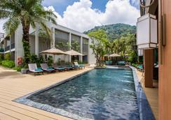 芭东山迈之家酒店 - 芭东 - 游泳池