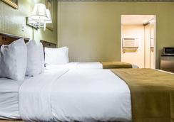 凯艺酒店-机场游艇港 - 坦帕 - 睡房
