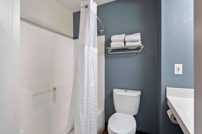 夏洛特大学广场美国长住酒店 - 夏洛特 - 浴室