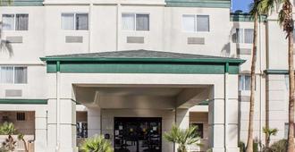 凱富套房飯店 - 菲尼克斯北 - 凤凰城 - 建筑
