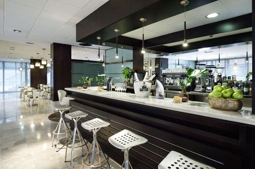 珀蒂宫马德里机场高科技酒店 - 马德里 - 酒吧