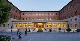 多姆斯帕奇斯酒店 - 阿西西 - 建筑