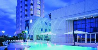弗拉米尼亚海滨酒店 - 佩萨罗 - 建筑