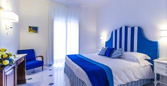 迪索伦托别墅酒店 - 索伦托 - 睡房