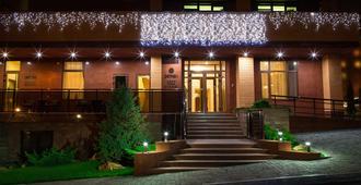 扎格拉瓦酒店 - 第聂伯罗彼得罗斯夫斯克