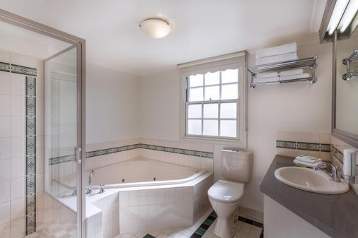 最佳西方奥尔德海洋汽车旅馆 - 瓦南布尔 - 浴室