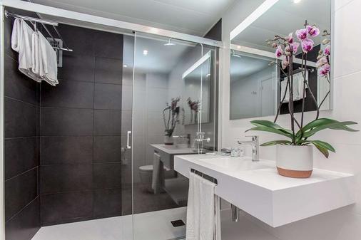 雅典娜公寓式酒店 - 巴塞罗那 - 浴室