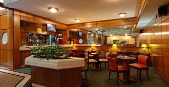 Balmoral Plaza Hotel - 蒙得维的亚 - 酒吧